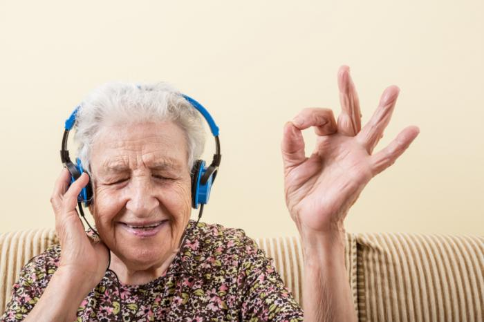 yaşlı müzik
