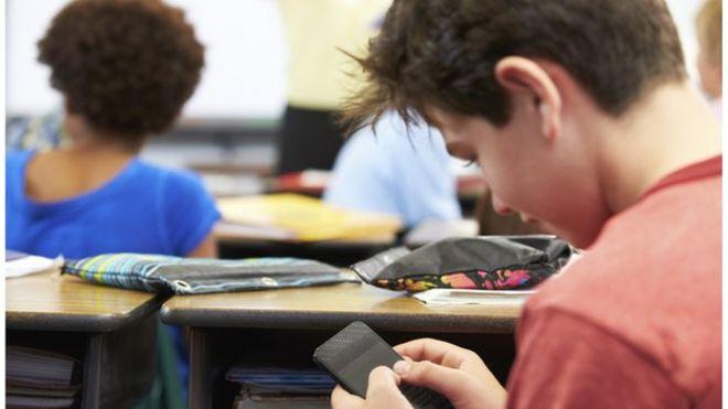 sanal kaytarma nedir sanal aylaklık sosyal kaytarma okul ders sınıf öğrenci