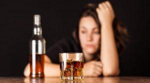 alkolizm, alkol kullanım bozukluğu, alkoliklik, alkol bağımlılığı.